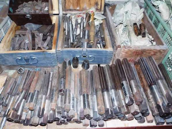 Режущий Инструменты с хранения закрытие склада в Саратове фото 17