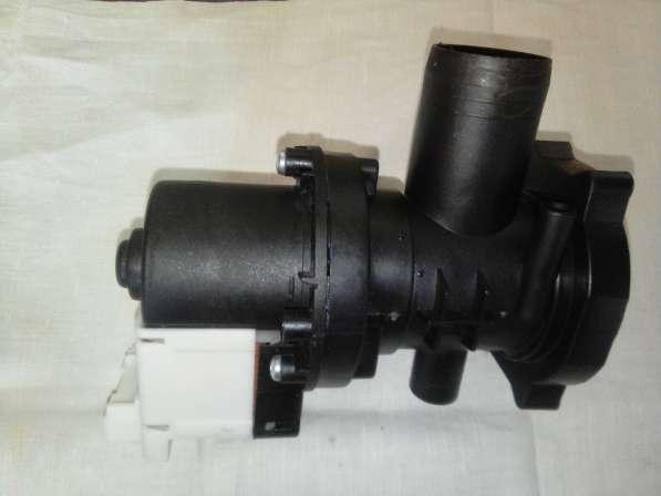 Indesit Plaset Cod. 56835 помпа для стиральной машины