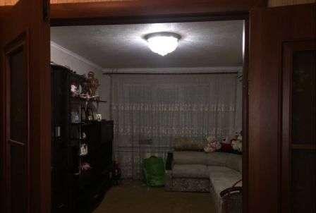 В Кропоткине в МКР 2-комнатная квартира 51 кв.м. 1/9.