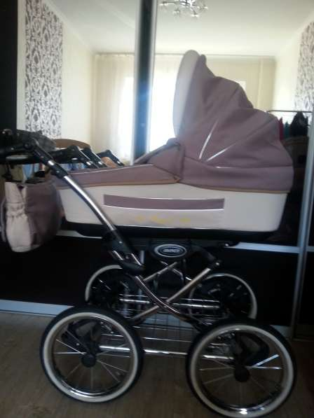 Детская коляска и автокресло