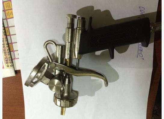 Пистолет напыления монтажной пены
