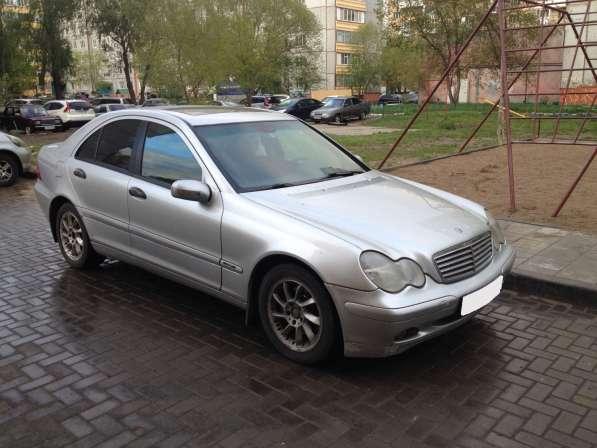 Mercedes-Benz C200 2000год срочно
