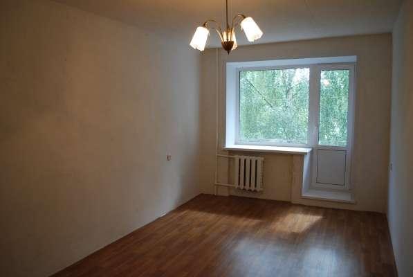 Продаю 2х комнатную с раздельными комнатами