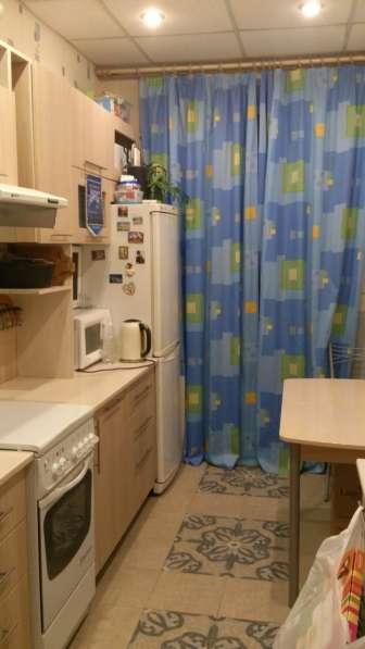 Меняю комнату 26 м2 в 2ккв. (р-н Коломна)на 1ккв. с доплатой в Санкт-Петербурге