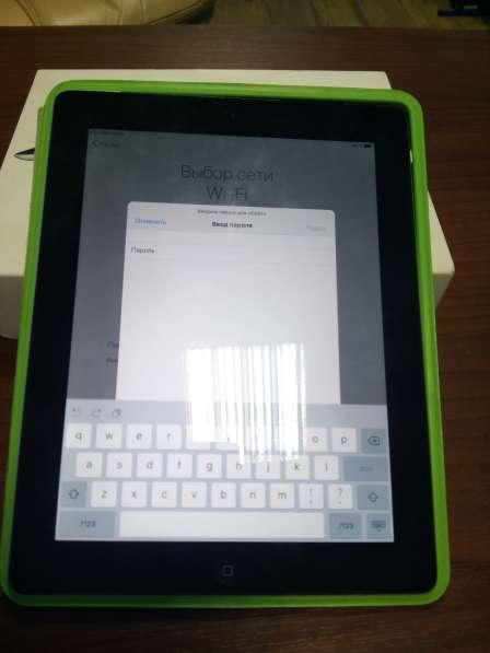 Продам б/у планшет Apple iPad 3 32Gb Wi-Fi + 4G
