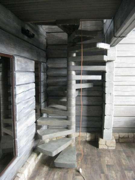 Лестница в подвал, на чердак, на улицу. ВЕРЕТЕНО 500