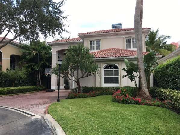 Современный дом в Голден-Бич, Флорида в фото 3