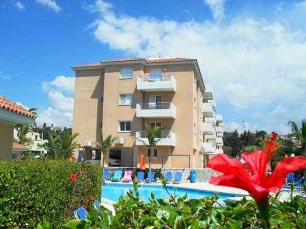 Трехкомнатный апартамент рядом с удобствами в Пафосе-Кипра