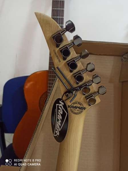KRAMER Гитара из США в фото 4