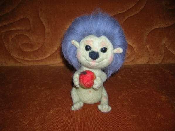Интерьерная игрушка ёжик