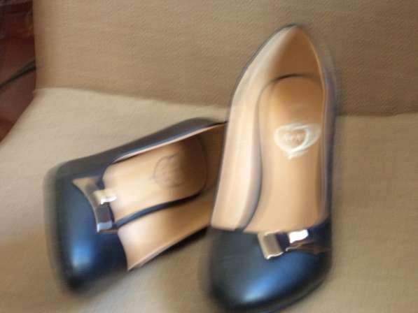 Продаются туфли из кожи в Севастополе