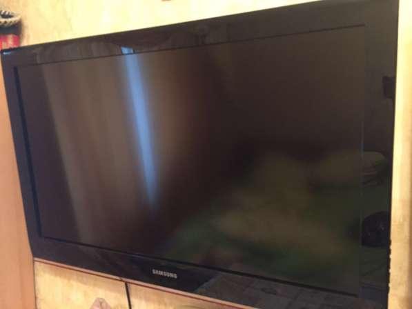 Плоский рабочий телевизор