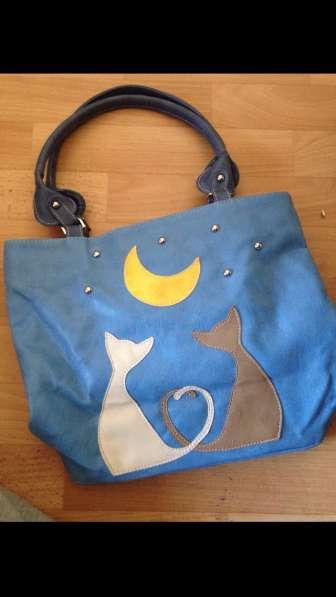 Новая сумка с милыми кошечками