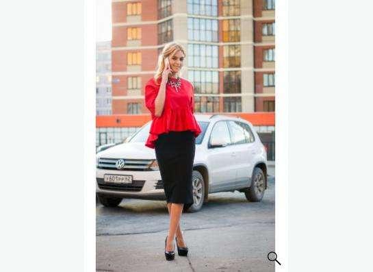 Черная юбка Elisabetta Franchi средней длины в Рязани