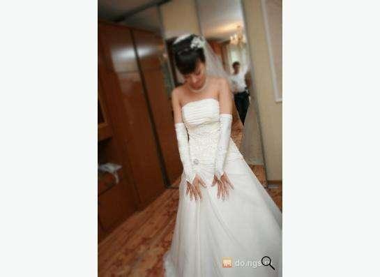 Свадебное платье (шнуровка) размер 44