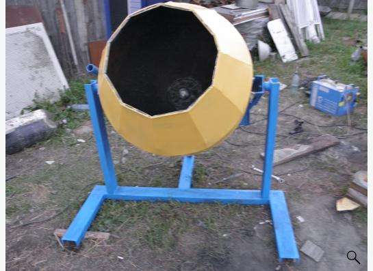 Бетономешалка (бетоносмеситель)