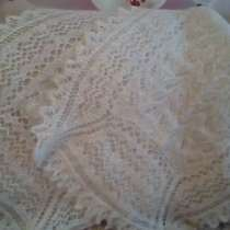 Белые вязанные (ручная работа) шарфы, в Саратове