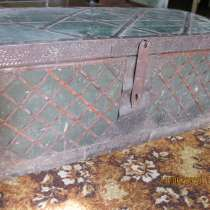 Старинный сундук, прялка, в Екатеринбурге