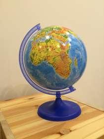 Глобус, в Москве