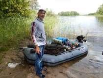 Продаю лодку с мотором, в Москве