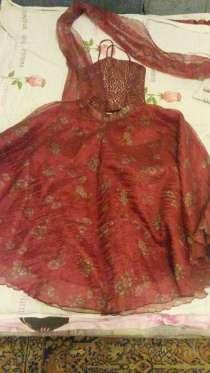 Продаю платье 134р, в Брянске