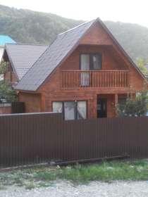 Двухэтажный деревянный дом, в Туапсе