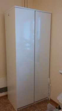 Продам белый шкаф, в Красноярске