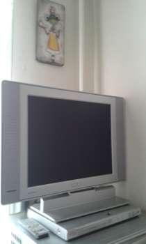 Срочно продам телевизор PHILIPS и МР3 плеер, в Екатеринбурге