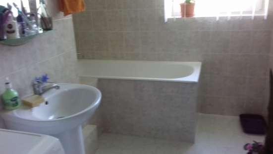 Продам 2 комнатную на Кесаева 5, ремонт 2 этаж в г. Севастополь Фото 3