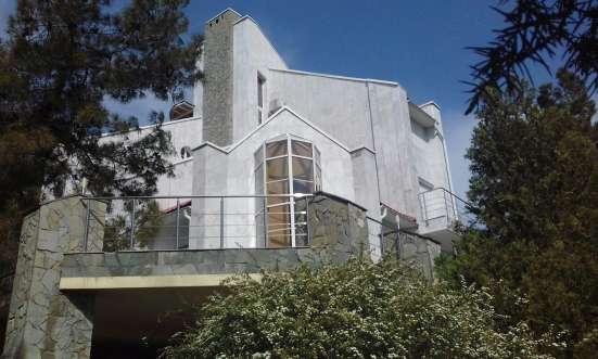 Жилой дом площадью 523 кв. м. 4 этажа