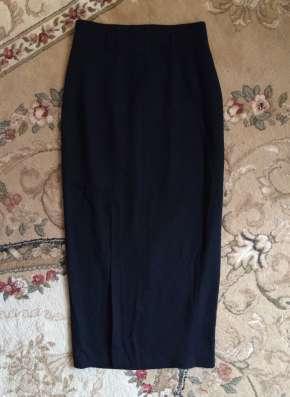 Черная юбка в пол
