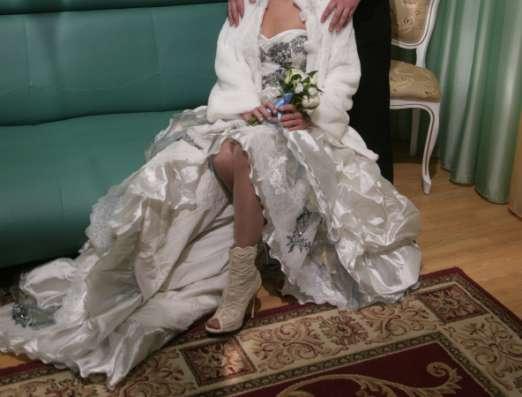 Срочно продам свадебное платье в Москве Фото 1