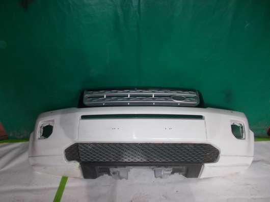 Передний бампер на Land Rover freelander 2 ( белого цвета)