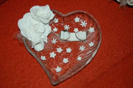 Букет невесты, тарелочка для колец, свадебные штучки
