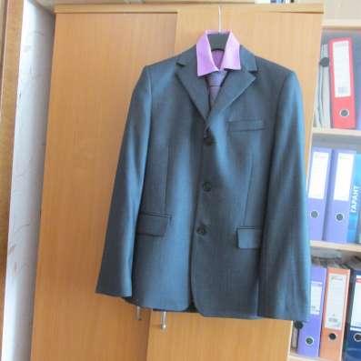 Продам костюм, рубашку, галстук в г. Карабаш Фото 1