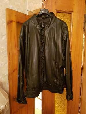 Куртку кожаную женскую продаю в Москве Фото 1