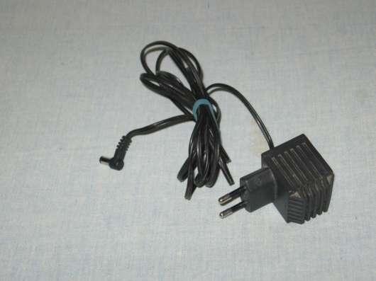 Зарядное устройство Salcomp 9.5 v 400 mA диаметр - 5 мм