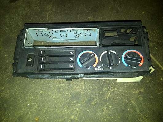 BMW E-34  блок управления печкой