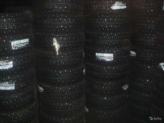 Новые шипы Dunlop 235/45 R17 Winter ICE01