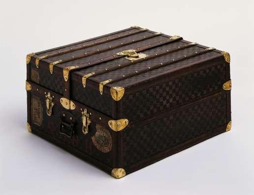 Ремонт Брендовых сумок, портфелей, чемоданов, клатчей. 10-21