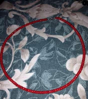 Ожерелье из натурального ограненного коралла