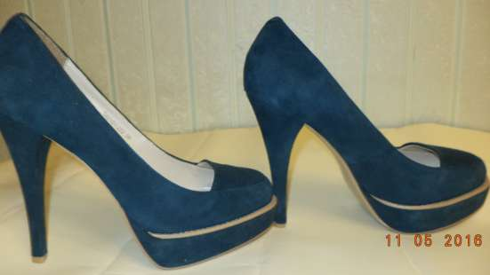 Туфли женские темно-зеленого цвета Mascotte