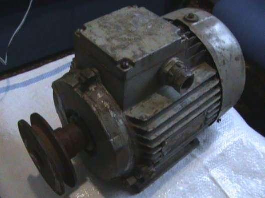 Продам Электро двигатель