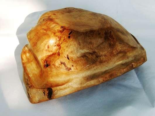 Ваза золотистая из свиля березы