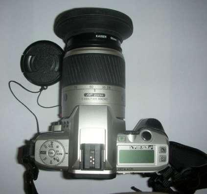 Фотоаппарат Minolta Dynax 4 28/100. кофр. бленда. УФ кайзер