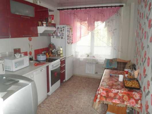 Продаю 4-х комнатную квартиру ул. Металлургов 13а