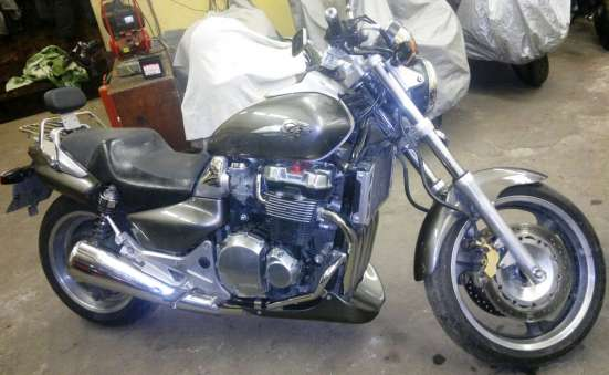 Продам мотоцикл Honda х-4