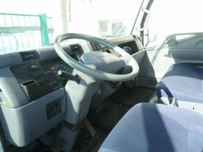 фургон Mitsubishi Fuso Canter