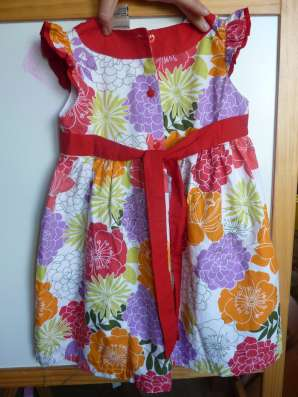Практически новое нарядное ХЛОПКОВОЕ платье р104 в Санкт-Петербурге Фото 1