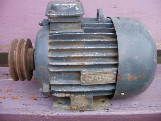 Эл. мотор постоянного тока N=2.0 кВт. 220 в. 2000 об. мин. -
